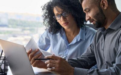 Geld besparen en beter verzekert zijn door regelmatig de verzekeringen te controleren